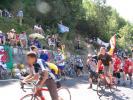 11h15 - La foule n'en finit pas de monter (Tour de France à l'Alpe d'Huez (2004 - CLMI))