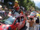 12h20 - Ruée sur la Caravane (Tour de France à l'Alpe d'Huez (2004 - CLMI))