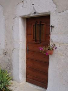 Cintre daté de 1734, même maison