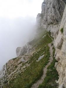 Sentier aérien du Pas de l'Oeille au Col des Deux Soeurs