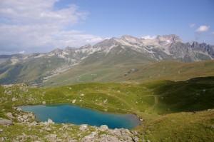 Le Lac Bleu et la Lauzière