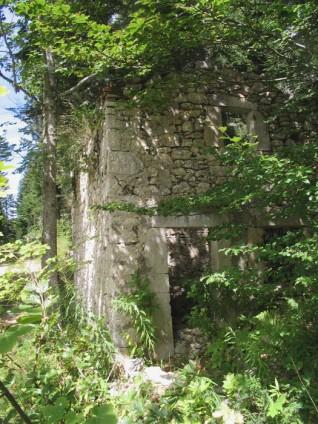 Ruines à Roybon