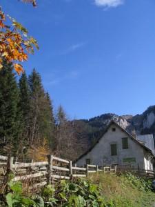Maison forestière et Charmant Som