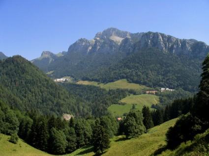 Vue d'ensemble - Le monastère et la Correrie
