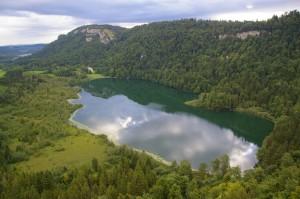 Lac de Bonlieu depuis le belvédère