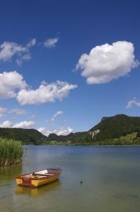Barque au lac Bréné
