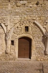 Porte et vestiges