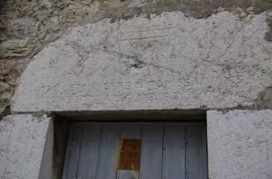 Linteau avec inscription 1771