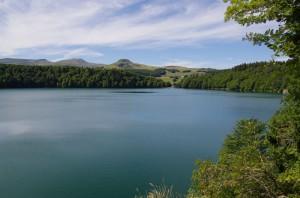 Lac Pavin et Puy de Sancy