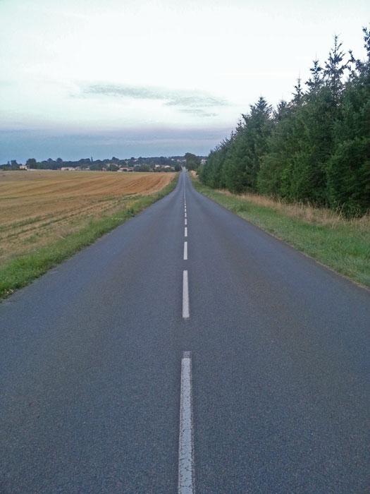 Route de Montbron à Eymouthiers (16)