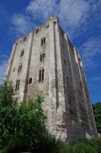 Donjon du château de Beaugency