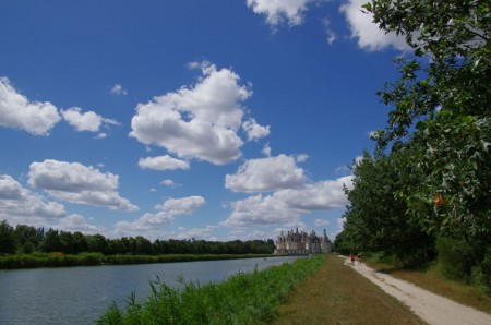 Chambord - Canal et chemin