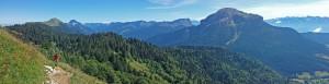 Panoramique - Sentier de la Pinéa sous le sommet