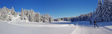 Skieurs à Château Julien